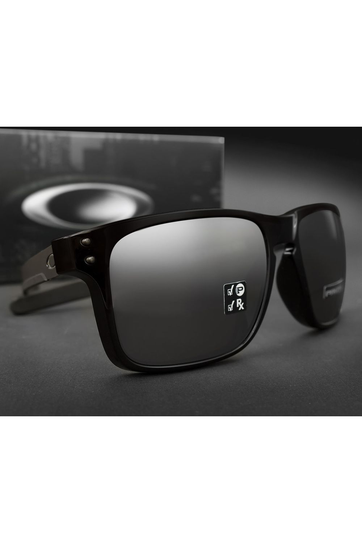 Óculos de Sol Oakley Holbrook Mix OO9384 06-57 - Moda it 00da8acef5